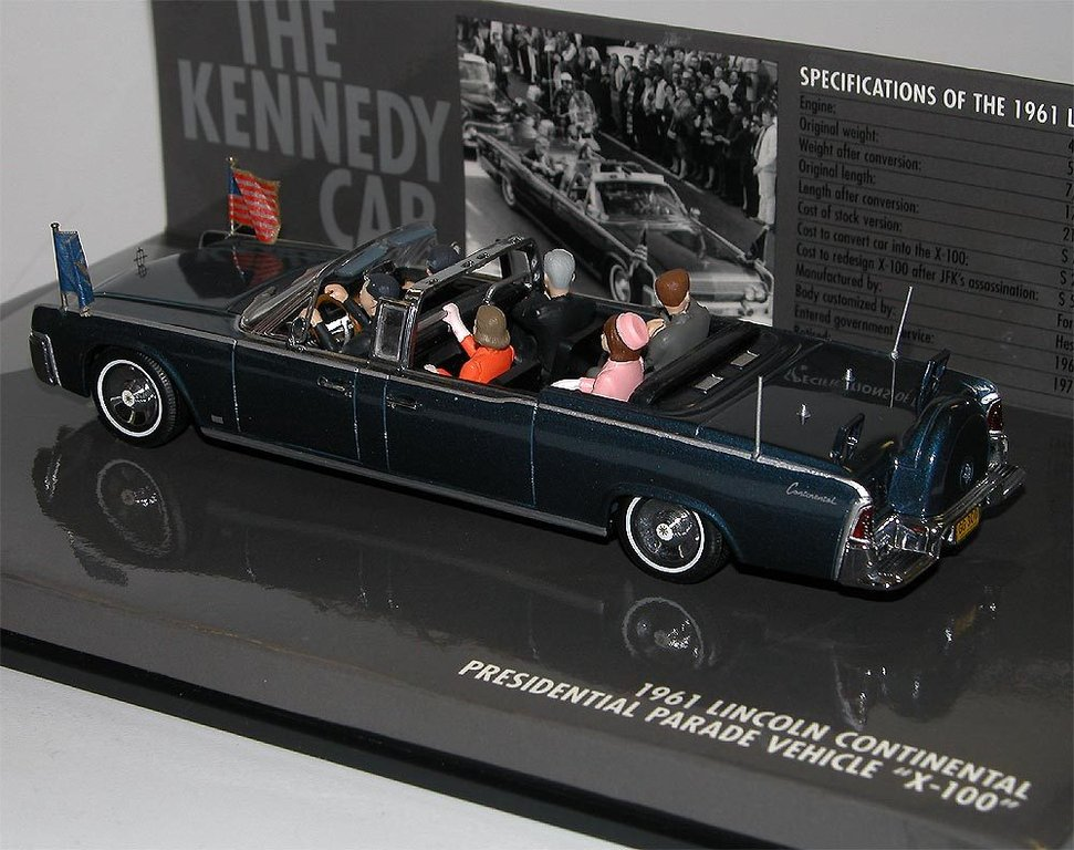 minichamps 1961 lincoln continental x 100 kennedy car. Black Bedroom Furniture Sets. Home Design Ideas