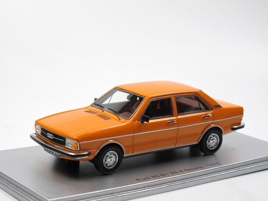 kess scale models 1976 audi 80 b1 typ 82 4 t rer orange. Black Bedroom Furniture Sets. Home Design Ideas