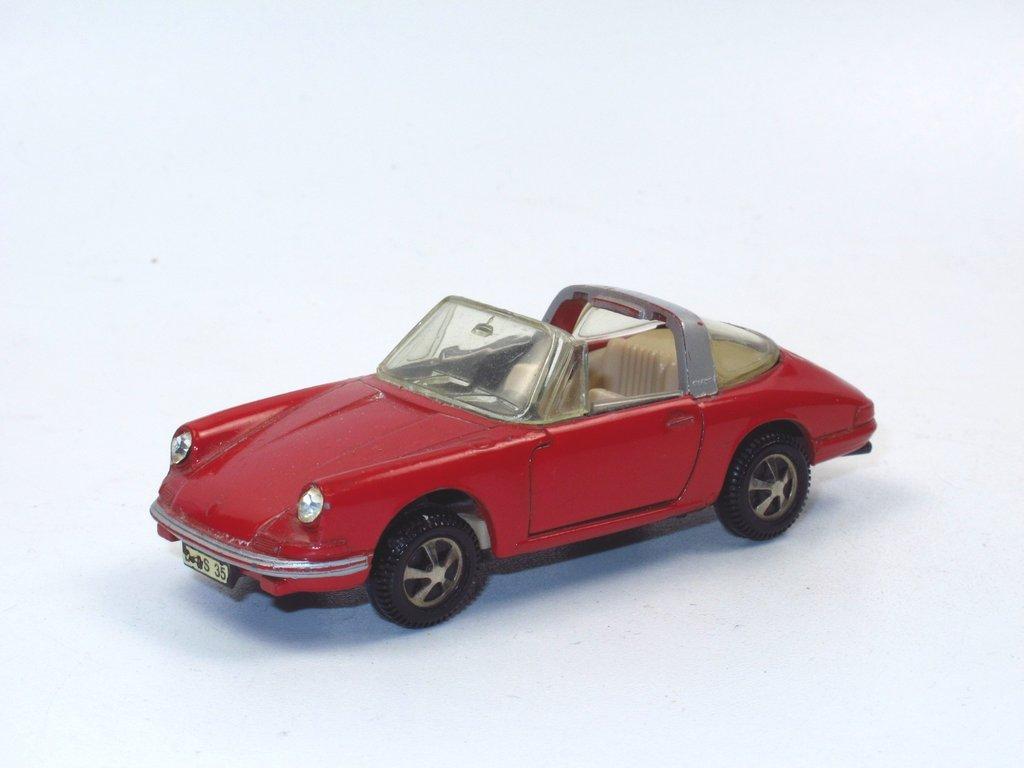 910-1:43 907 fabrikneu Märklin RAK SET PORSCHE 2011 mit 911 targa 914