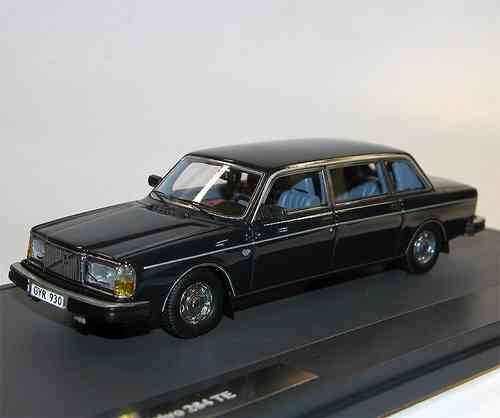Matrix Scale Models, Volvo 264 TE Limousine DDR, 1978, blau, 1/43 limited Edition