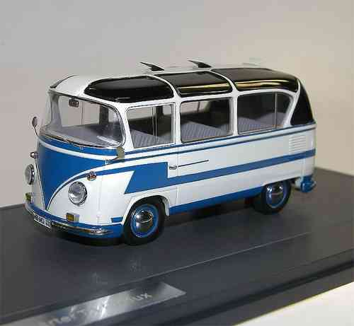 Matrix Scale Models 1962 VW T1 Auwärter Carlux Bus 1/43