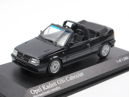 Sammlung von 30 Modelle Autos IST 1:43 Opel Skoda Moskwicz Lada Mercedes DieCast