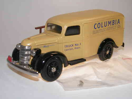 Toys for Collectors, 1941 Mack Delivery Van COLUMBIA ELECTRIC, 1/43