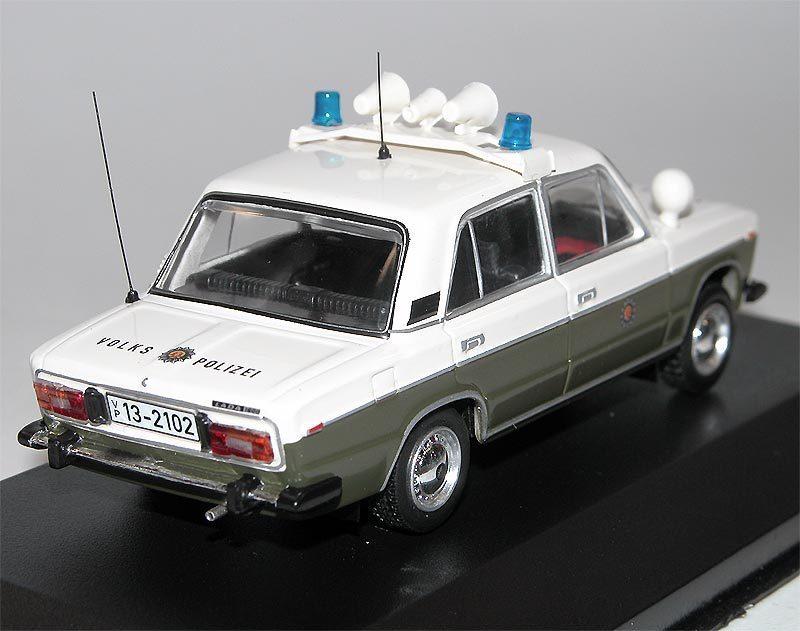 Lada 2106 Volkspolizei Polizei Grün MCG43013 1//43 Ist Ixo Modell Auto mit oder..