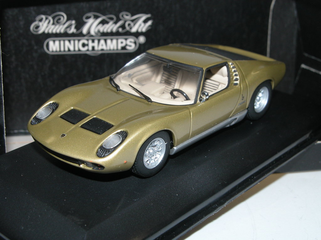 minichamps 1966 lamborghini miura gold 1 43 seltene farbe. Black Bedroom Furniture Sets. Home Design Ideas