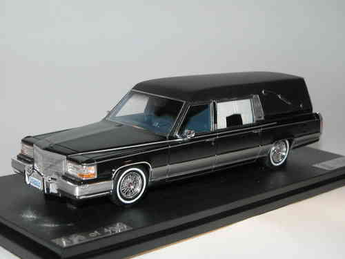 Great Lighting Models, 1991 Cadillac Eureka Concours Hearse, black 1/43