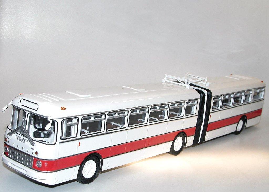soviet bus ikarus 180 gelenkbus schlenki bus ungarn 1 43 rar. Black Bedroom Furniture Sets. Home Design Ideas