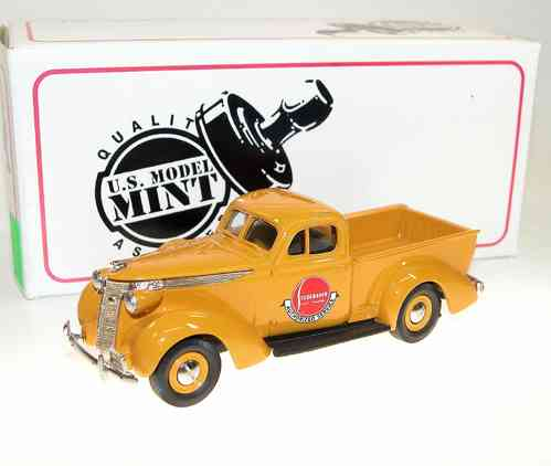 US Model Mint, 1937 Studebaker Express Pick-Up, Chrome Yellow, 1/43