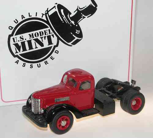 US Model Mint 1947 International Harvester KB-12 Truck red 1/43