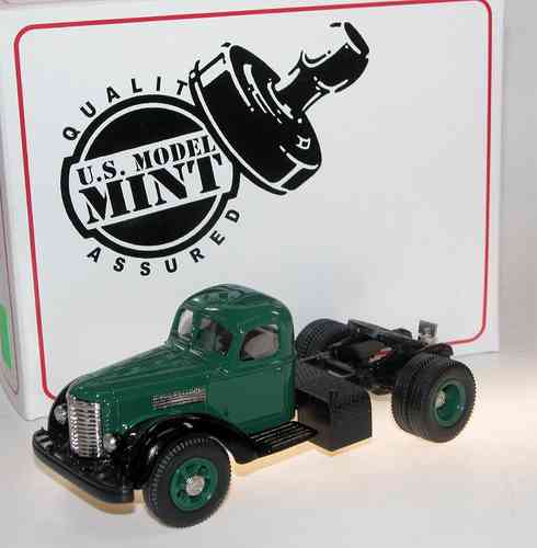 US Model Mint 1947 International Harvester KB-12 Truck 1/43