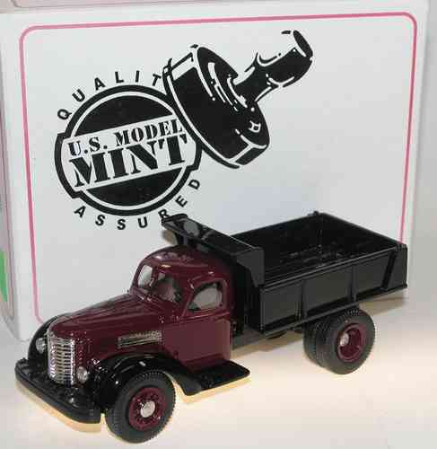US Model 1947 International Harvester KB-12 Dump Truck 1/43