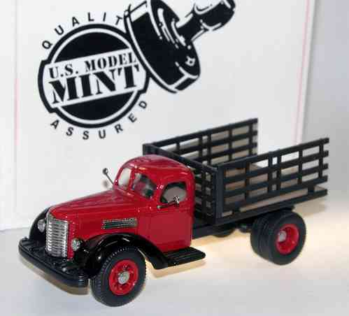 1947 International Harvester KB-12 Stake Truck 1/43