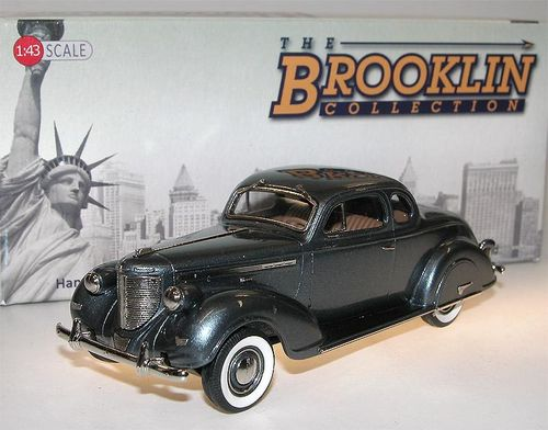 Brooklin Models, 1938 Chrysler Imperial Eight Series C19 Coupe, grau, 1/43