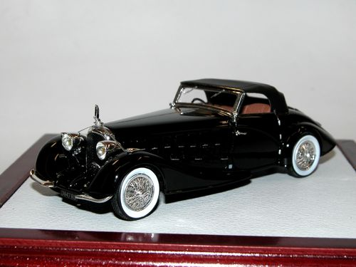 Chromes/Ilario Voisin C15 Roadster Saliot 1934 black 1/43
