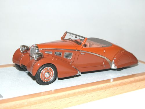 Chromes/Ilario, 1934 Bugatti T57 Cabriolet Paul Nee, orange, 1/43