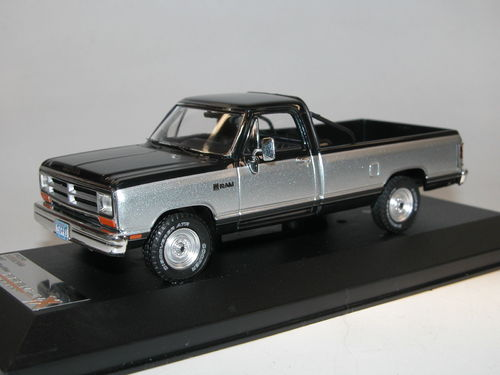Premium X Models 1987 Dodge Ram Pick-Up silber/blau 1/43