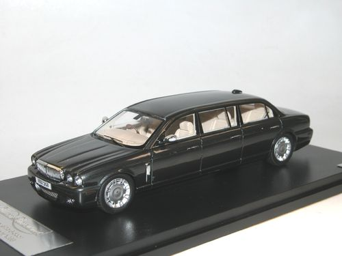 GLM, 2009 Daimler Super Eight Wilcox Limousine X358, grey, 1/43