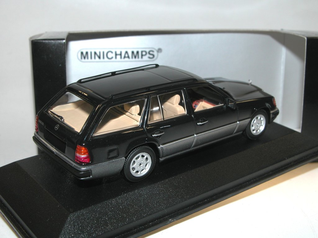 minichamps 1990 mercedes benz 320 te w124 t modell schwarz. Black Bedroom Furniture Sets. Home Design Ideas