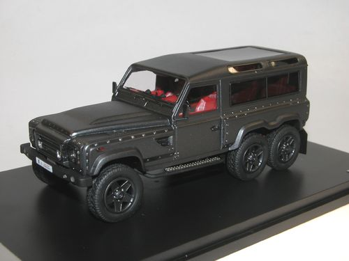 GLM 2015 Land Rover Defender 6 x 6 Flying Huntsman by Kahn, 1/43