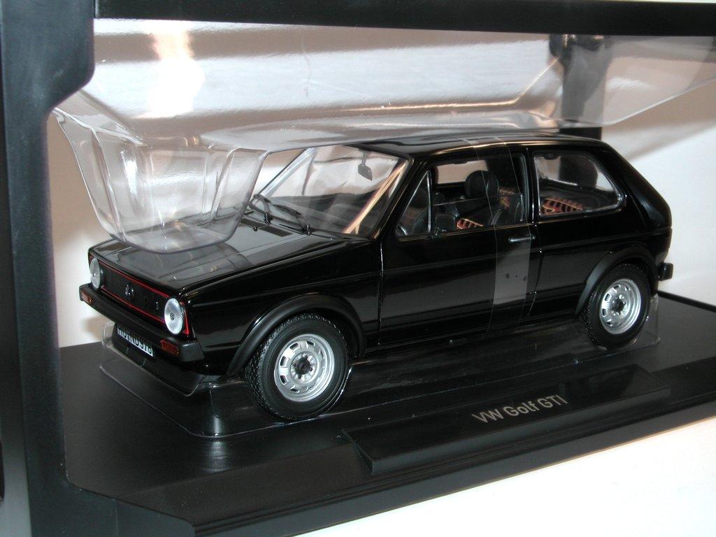 norev 1976 vw golf i gti schwarz zu ffnende t ren hauben. Black Bedroom Furniture Sets. Home Design Ideas