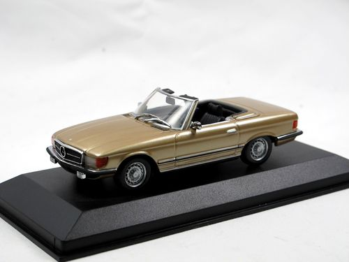 Maxichamps 1974 Mercedes-Benz 350 SL R107 gold 1/43