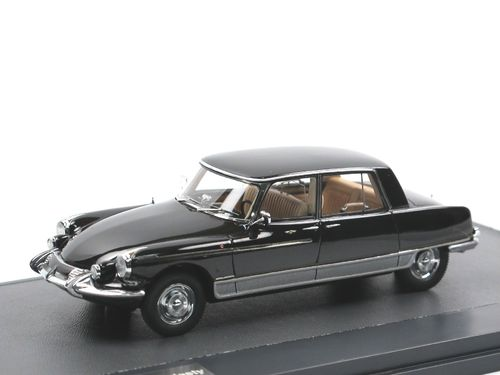 Matrix 1966 Citroen DS Majesty Henri Chapron schwarz 1/43