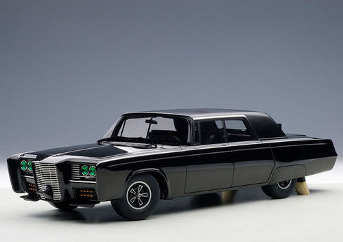 AutoArt Black Beauty THE GREEN HORNET 1/18