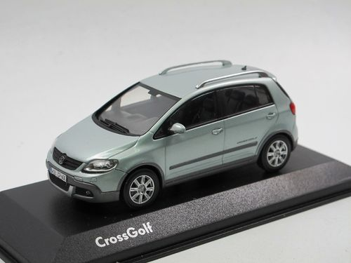 Minichamps 2007 VW Golf CrossGolf Eissilber metallic 1/43
