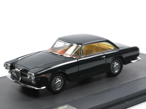 Matrix 1960 Alfa Romeo 2000 Praho by Touring blue 1/43
