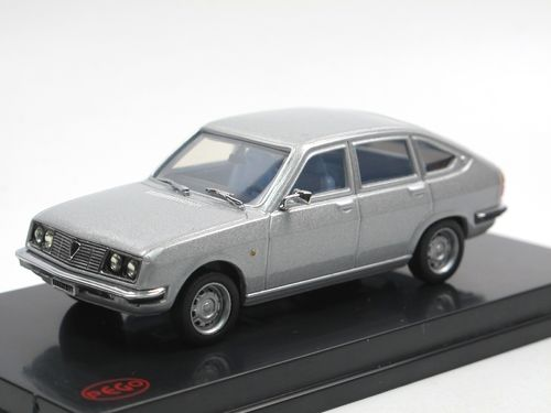 PEGO Lancia Beta Berlina (1972-1984) grau metallic 1/43