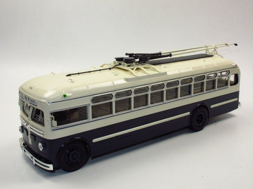 Ultra Models City Trolleybus MTB-82 USSR 1951-1961 O-Bus 1/43
