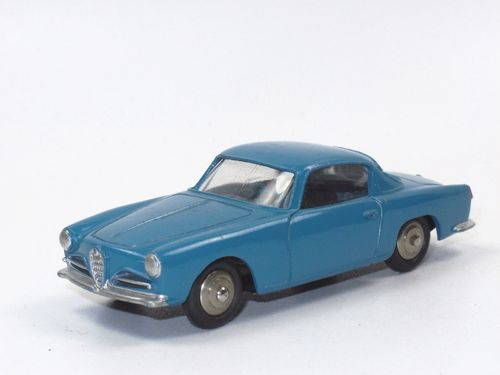 Dinky France 24 J - Alfa Romeo 1900 Super Sprint Coupe