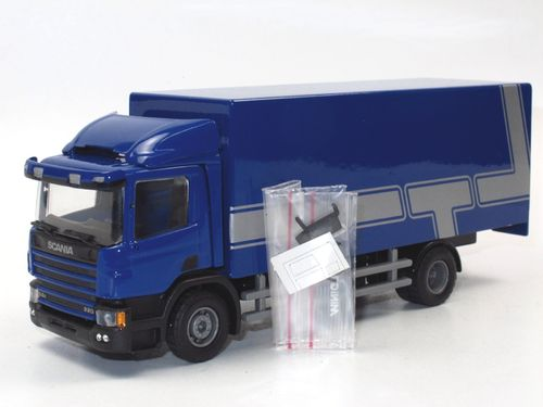 Lion-Toys 2004 Scania 94D Koffer-LKW Dachspoiler blau 1/50
