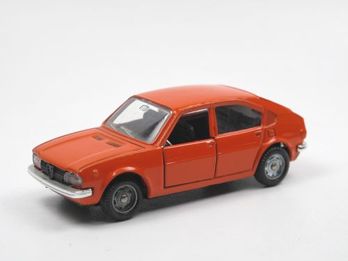 Mebetoys Alfa Romeo Alfasud 1972-1980 orange 1/43 no Box