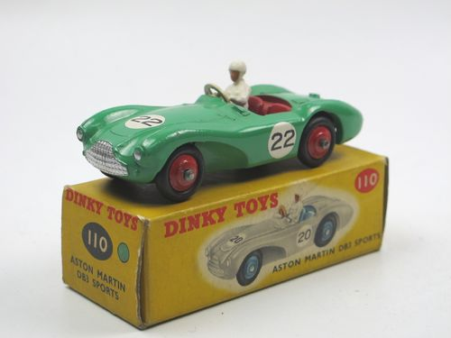 Dinky Toys 110 - Aston Martin DB3 Sports green in Box