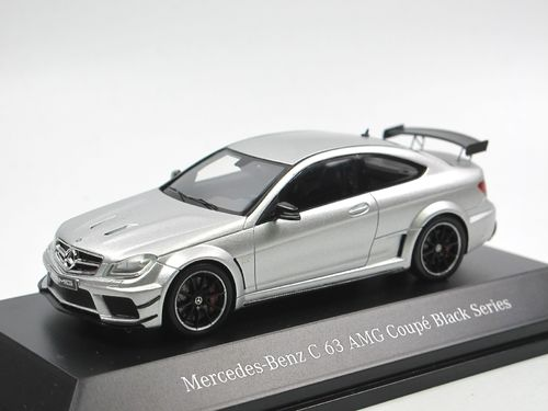 Spark Mercedes-Benz C 63 AMG Coupe Black Series silber 1/43