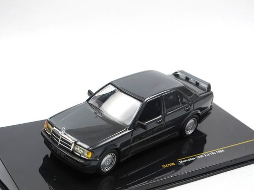 IXO 1984 Mercedes-Benz 190E 2.3 16v grau metallic 1/43