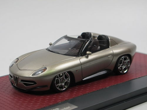 Matrix 2017 Alfa Romeo Disco Volante Spyder by Touring 1/43