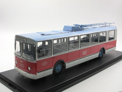 Start Scale Models 1975 ZIU-682B Trolleybus O-Bus 1/43