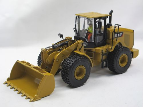 Diecast Masters CAT 950 GC Radlader Wheel Loader 1/50