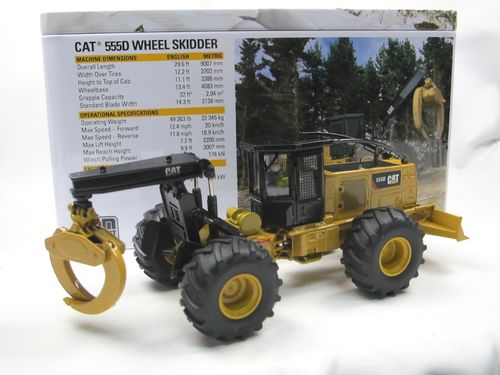 Diecast Masters CAT 555D Holzrücker Wheel Skidder 1/50