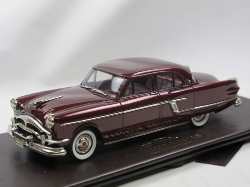 Brooklin 1954 Packard Patrician 4-Door Sedan maroon 1/43