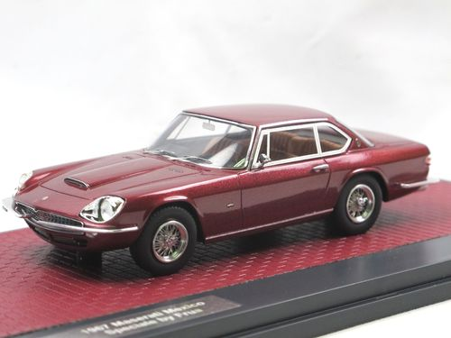 Matrix 1967 Maserati Mexico Speciale by Frua red 1/43