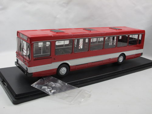 Start Scale Models LIAZ 5256 1986-1996 rot/weiß Bus 1/43