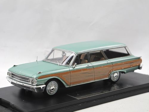 Goldvarg 1961 Ford Country Squire Station Wagon green 1/43