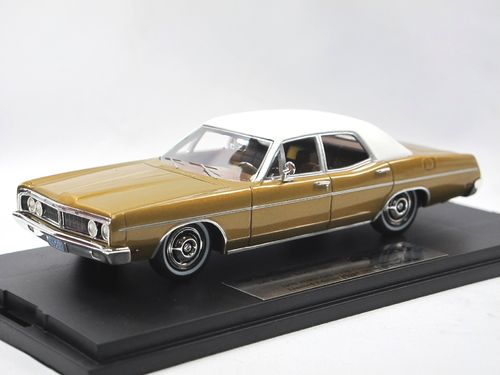 Goldvarg Collection 1970 Ford Galaxie bronze/white 1/43