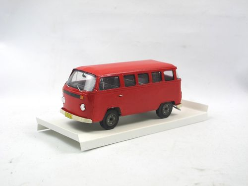 KIT TOYS 1978 VW T2 Bus Volkswagen do Brasil rot Karton 1/43