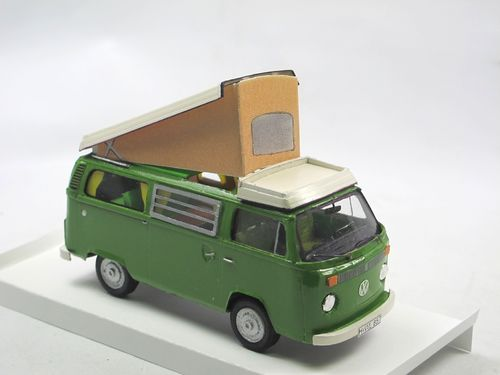 KIT TOYS 1977 VW Westfalia Camper grün 1/43