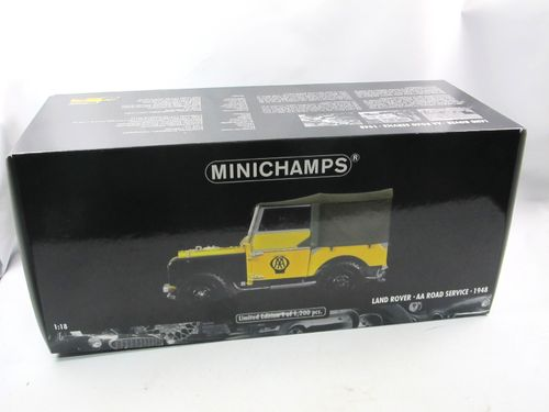 Minichamps 1948 Land Rover Series I AA Road Service 1/18
