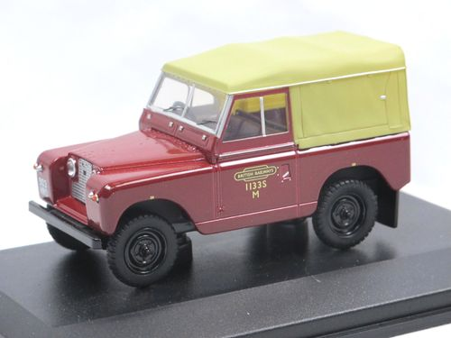 Oxford Diecast Land Rover Series II SWB British Rail 1/43
